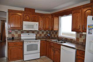 Photo 5: 7615 152B Avenue in Edmonton: Zone 02 House for sale : MLS®# E4184995