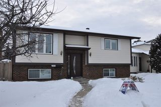 Photo 1: 7615 152B Avenue in Edmonton: Zone 02 House for sale : MLS®# E4184995