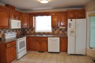 Photo 4: 7615 152B Avenue in Edmonton: Zone 02 House for sale : MLS®# E4184995