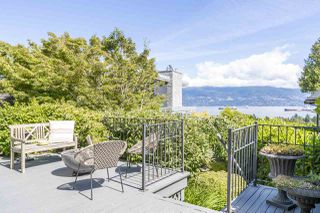 Photo 2: 1948 SASAMAT Place in Vancouver: Point Grey House for sale (Vancouver West)  : MLS®# R2477014