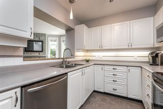 """Photo 10: 117 3600 WINDCREST Drive in North Vancouver: Roche Point Townhouse for sale in """"Windsong at Ravenwoods"""" : MLS®# R2481637"""