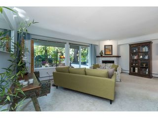 """Photo 8: 106 1351 MARTIN Street: White Rock Condo for sale in """"THE DOGWOOD"""" (South Surrey White Rock)  : MLS®# R2489161"""