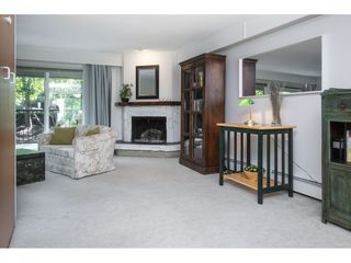 """Photo 15: 106 1351 MARTIN Street: White Rock Condo for sale in """"THE DOGWOOD"""" (South Surrey White Rock)  : MLS®# R2489161"""