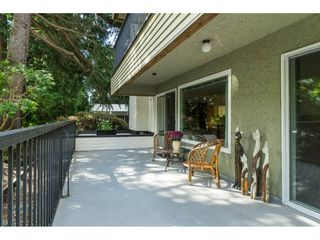 """Photo 30: 106 1351 MARTIN Street: White Rock Condo for sale in """"THE DOGWOOD"""" (South Surrey White Rock)  : MLS®# R2489161"""