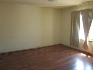 Photo 2: 874 Bannatyne Avenue in Winnipeg: Weston Residential for sale (5D)  : MLS®# 202025631