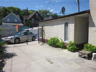 Photo 7: 874 Bannatyne Avenue in Winnipeg: Weston Residential for sale (5D)  : MLS®# 202025631