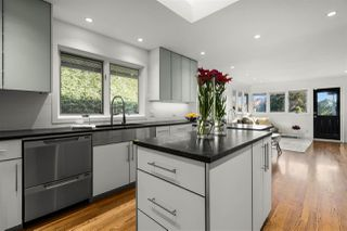 """Photo 16: 3179 W 49TH Avenue in Vancouver: Southlands House for sale in """"SOUTHLANDS"""" (Vancouver West)  : MLS®# R2525291"""