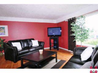 Photo 2: 46403 CORNWALL in Chilliwack: Chilliwack E Young-Yale House for sale : MLS®# H1003598