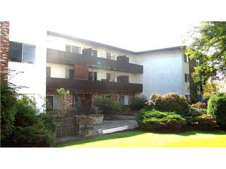 "Photo 1: 112 910 5TH Avenue in New Westminster: Uptown NW Condo for sale in ""GROSVENOR COURT"" : MLS®# V856144"