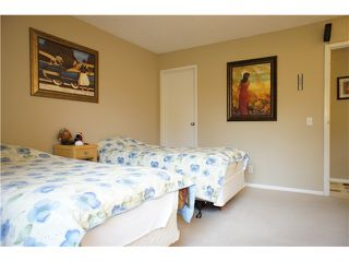 """Photo 6: 206 3970 CARRIGAN Court in Burnaby: Government Road Condo for sale in """"DISCOVERY PLACE 2"""" (Burnaby North)  : MLS®# V857269"""