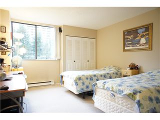 """Photo 7: 206 3970 CARRIGAN Court in Burnaby: Government Road Condo for sale in """"DISCOVERY PLACE 2"""" (Burnaby North)  : MLS®# V857269"""
