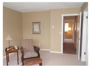 """Photo 9: 7 565 SEAVIEW Road in Gibsons: Gibsons & Area Townhouse for sale in """"Harbourview"""" (Sunshine Coast)  : MLS®# V863229"""