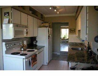 "Photo 4: 208 1169 8TH AV in New Westminster: West End NW Condo for sale in ""Fraser Gardens"" : MLS®# V589907"