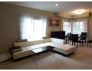 "Photo 1: 141 7388 MACPHERSON Avenue in Burnaby: Metrotown Townhouse for sale in ""ACACIA GARDENS"" (Burnaby South)  : MLS®# V728468"