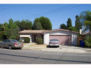 Photo 2: SAN DIEGO House for sale : 4 bedrooms : 4465 Arendo