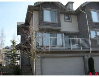 "Photo 1: 34 20761 DUNCAN Way in Langley: Langley City Townhouse for sale in ""WYNDHAM LANE"" : MLS®# F2905119"