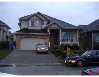 Photo 1: 7625 151A Street in Surrey: East Newton House for sale : MLS®# F2906254