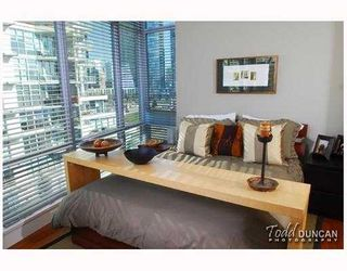Photo 9: 801 628 KINGHORNE MEWS BB in Vancouver: False Creek North Condo for sale (Vancouver West)  : MLS®# V778161