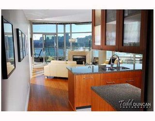 Photo 6: 801 628 KINGHORNE MEWS BB in Vancouver: False Creek North Condo for sale (Vancouver West)  : MLS®# V778161