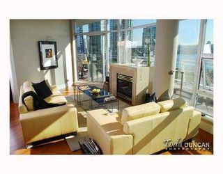 Photo 4: 801 628 KINGHORNE MEWS BB in Vancouver: False Creek North Condo for sale (Vancouver West)  : MLS®# V778161