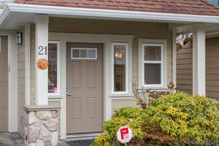 Photo 2: 21 2210 Sooke Road in VICTORIA: Co Hatley Park Single Family Detached for sale (Colwood)  : MLS®# 413815