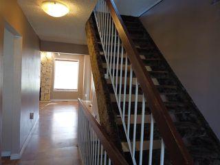 Photo 2: 4635 37 Avenue in Edmonton: Zone 29 House for sale : MLS®# E4173809
