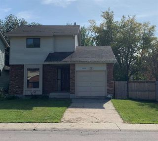 Photo 1: 4635 37 Avenue in Edmonton: Zone 29 House for sale : MLS®# E4173809