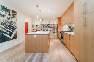 Photo 8: 2438 W 8TH AVENUE in Vancouver: Kitsilano Townhouse for sale (Vancouver West)  : MLS®# R2405957