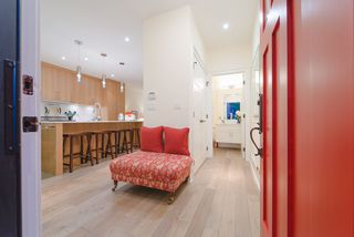 Photo 10: 2438 W 8TH AVENUE in Vancouver: Kitsilano Townhouse for sale (Vancouver West)  : MLS®# R2405957
