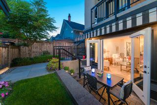Photo 2: 2438 W 8TH AVENUE in Vancouver: Kitsilano Townhouse for sale (Vancouver West)  : MLS®# R2405957