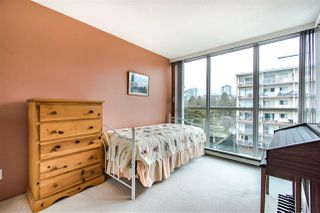 "Photo 13: 703 567 LONSDALE Avenue in North Vancouver: Lower Lonsdale Condo for sale in ""The Camelia"" : MLS®# R2442781"