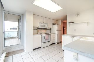 "Photo 8: 703 567 LONSDALE Avenue in North Vancouver: Lower Lonsdale Condo for sale in ""The Camelia"" : MLS®# R2442781"