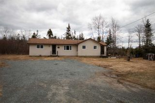 Photo 1: 271 East Uniacke Road in Mount Uniacke: 105-East Hants/Colchester West Residential for sale (Halifax-Dartmouth)  : MLS®# 202006250