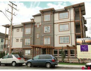 Photo 1: 401 15268 18th Avenue in Park Place: Home for sale : MLS®# F2813106
