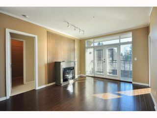 "Photo 1: 301 4479 W 10TH Avenue in Vancouver: Point Grey Condo for sale in ""THE AVENUE"" (Vancouver West)  : MLS®# V814674"