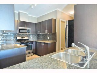 "Photo 3: 301 4479 W 10TH Avenue in Vancouver: Point Grey Condo for sale in ""THE AVENUE"" (Vancouver West)  : MLS®# V814674"