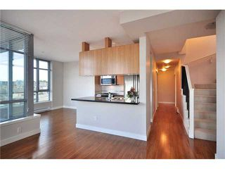 "Photo 4: PH1 587 W 7TH Avenue in Vancouver: Fairview VW Condo for sale in ""AFFINITI"" (Vancouver West)  : MLS®# V848566"