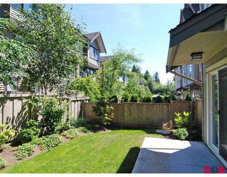 "Photo 9: 19 20120 68TH Avenue in Langley: Willoughby Heights Townhouse for sale in ""THE OAKS"" : MLS®# F2819871"