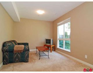 "Photo 8: 19 20120 68TH Avenue in Langley: Willoughby Heights Townhouse for sale in ""THE OAKS"" : MLS®# F2819871"