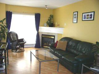 """Photo 3: 206 22230 NORTH Avenue in Maple_Ridge: West Central Condo for sale in """"SOUTHRIDGE TERRACE"""" (Maple Ridge)  : MLS®# V731382"""
