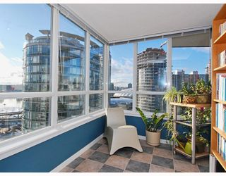 "Photo 6: 2309 63 KEEFER Place in Vancouver: Downtown VW Condo for sale in ""EUROPA"" (Vancouver West)  : MLS®# V747245"