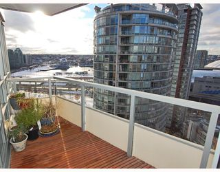 """Photo 8: 2309 63 KEEFER Place in Vancouver: Downtown VW Condo for sale in """"EUROPA"""" (Vancouver West)  : MLS®# V747245"""