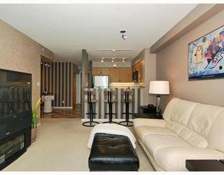 "Photo 4: 2309 63 KEEFER Place in Vancouver: Downtown VW Condo for sale in ""EUROPA"" (Vancouver West)  : MLS®# V747245"