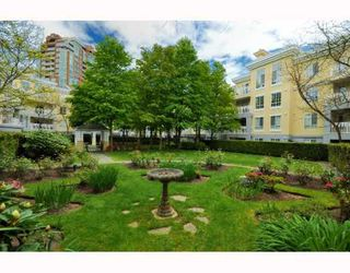 Photo 10: 109 5835 HAMPTON Place in Vancouver: University VW Condo for sale (Vancouver West)  : MLS®# V767463