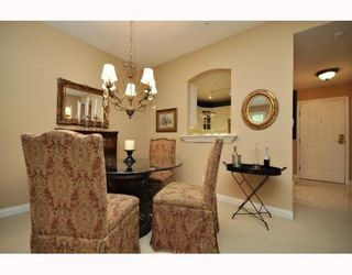 Photo 4: 109 5835 HAMPTON Place in Vancouver: University VW Condo for sale (Vancouver West)  : MLS®# V767463