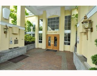 Photo 2: 109 5835 HAMPTON Place in Vancouver: University VW Condo for sale (Vancouver West)  : MLS®# V767463