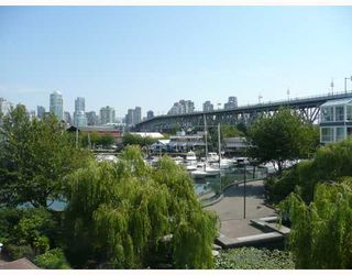 "Photo 2: 306 1551 MARINERS Walk in Vancouver: False Creek Condo for sale in ""LAGOONS AT GRANVILLE ISLAND"" (Vancouver West)  : MLS®# V779632"