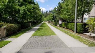 """Photo 15: 105 7478 BYRNEPARK Walk in Burnaby: South Slope Condo for sale in """"GREEN"""" (Burnaby South)  : MLS®# R2388541"""
