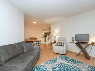 "Photo 3: 113 189 E 16TH Avenue in Vancouver: Mount Pleasant VE Condo for sale in ""Cartier Place"" (Vancouver East)  : MLS®# R2388793"