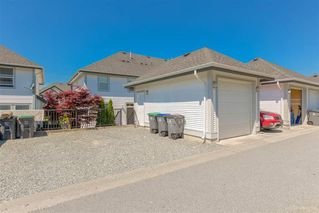 "Photo 19: 7014 179A Street in Surrey: Cloverdale BC Condo for sale in ""TERRACES AT PROVINCETON"" (Cloverdale)  : MLS®# R2391476"